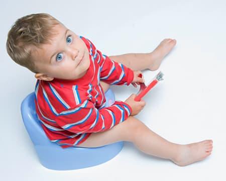 Частое мочеиспускание у детей: причины, лечение, препараты